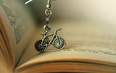 bisiklet kullanmayı kitaptan öğrenmek